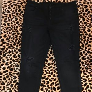 Maurices Nwot Black Skinny ripped jeans 14 button
